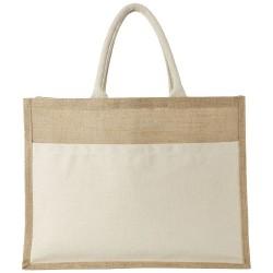 Shopper in juta Mumbay Amer